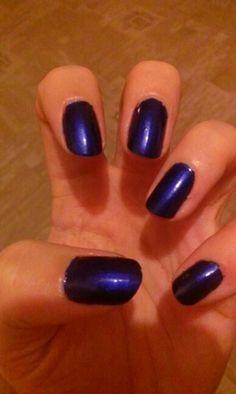 Midnight blue mani