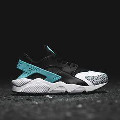 Atmos x Nike Air Huarache