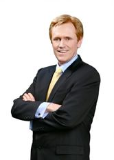 Respected financial guru Mike Maloney confirmed what his insiders already knew that he has been investing in Bitcoin since 2014.