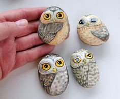 owl painted rocks by foxycrafter Painted Rocks Owls, Owl Rocks, Painted Stones, Pebble Painting, Pebble Art, Stone Painting, Rock Painting, Creation Art, Owl Crafts