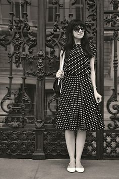 BLACK AND WHITE_Katharine-fashion is beautiful_Katarína Jakubčová_Polka dots_Fashion blogger_fashionisbeautiful #chic #skirt #inspiration #dots #polka #trend #summer #black&white