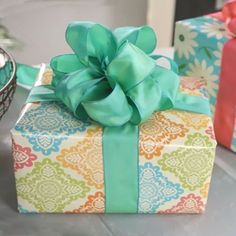 Learn how to tie a bow from the experts at Hallmark. Watch our fun gift wrapping video tutorials to learn how to make a variety of bows out of ribbon.