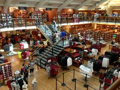 Stanford University Bookstore in Stanford, CA