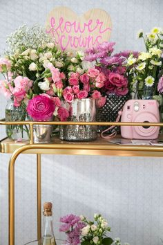 how fun is this flower crown station | ban.do