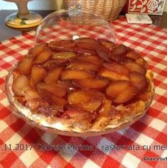 Prajitura rasturnata cu mere si caramel | Savori Urbane Caramel, Dessert Recipes, Desserts, Apple Pie, Food And Drink, Sticky Toffee, Tailgate Desserts, Candy, Deserts