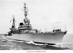 Raimondo Montecuccoli was a Condottieri-class light cruiser serving with the Italian Regia Marina during World War II. Hms Hood, Naval History, Italian Lighting, Navy Ships, Submarines, Royal Navy, Battleship, World War Ii, Sailing Ships