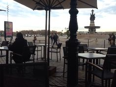 Coffee near the Fontaine. Lovely.