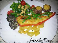 Food | vienna fashion waltz Quinoa Gefülltes Gemüse mit Chili-Schmorgurken und Salat