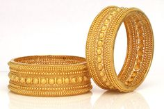 Dazzle in these gorgeous gold bangles. Just what I want for Christmas.
