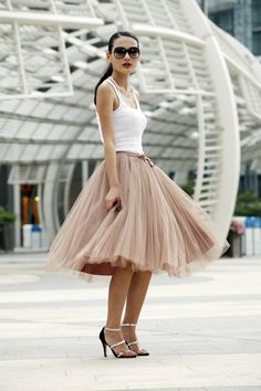 I'm a sucker for a tutu! Tulle Skirt Tea length Tutu Skirt Elastic Waist tulle tutu Princess Skirt Wedding Skirt in Kahki - Street Looks, Street Style, The Dress, Dress Skirt, Looks Style, My Style, Look Formal, Wedding Skirt, Tulle Wedding