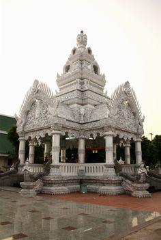 Pillar Nan's : Nan : Thailand