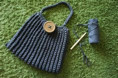 Anleitung für eine große gehäkelte Handtasche aus Textilgarn