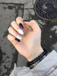 Almond Acrylic Nails, Summer Acrylic Nails, Cute Acrylic Nails, Almond Nails, Aycrlic Nails, Nail Manicure, Hair And Nails, Fancy Nails, Cute Nails