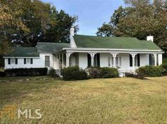 Single Family For Sale In Lizella Ga Rare opportunity! Over 20 acres! Enjoy the view of the fabulous pastures or relax while fishing in your pond. Farmhouse needs to be restored to its original beauty. Old Houses For Sale, Old House Dreams, Townhouse, Acre, Pond, Restoration, Villa, Relax, Farmhouse