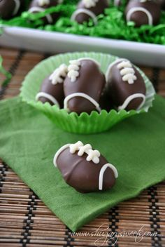 Homemade Peppermint Patties- shape these in traditional discs or make them as a football treat! #gameday #copycat #peppermintpatty http://www.shugarysweets.com