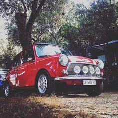 """Mini pride!"" #mini #rover #oldcar #oldisbetterthannew  #minicooper #vintagemotors #oibtn #carporn #motors #vintagecar #red#sunnyday #travel #british #english  #style #igersitalia #history ##story #follow #followme #photooftheday #passion #goprohero #goprouniverse  #gopro  #insta #miniclassic #beautiful #followus"