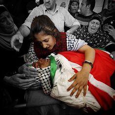 #Paris last night is #Palestine 's Every Night باريس الليلة الماضية هي فلسطين في كل ليلة ولكن للأسف كأن الفرنسيين بشر والفلسطينيين ليسوا كذلك!! ، لك الله يا بلد الإسراء..يا قبلة المسلمين الأولى، لك ربك وربهم وب كل شيء..