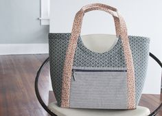 Linen and Lawn Poolside tote_Carolyn Friedlander