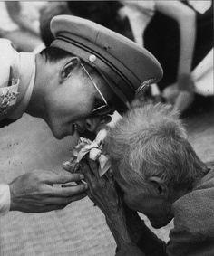 #31 Meet the King of Thailand   (Bhumibol Adulyadej / Thai King)