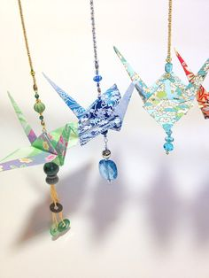 New origami crane ornament mobiles ideas Diy Origami, Origami Gifts, Origami Wedding, Fabric Origami, Useful Origami, Origami Paper, Hanging Origami, Origami Ideas, Oragami