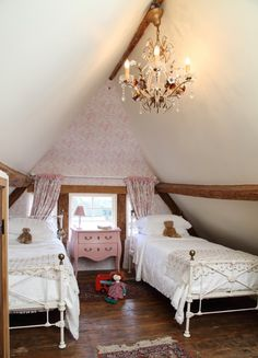 Pollyanna Cottage, Whimsical Cotswolds Luxury Cottage Birlingham