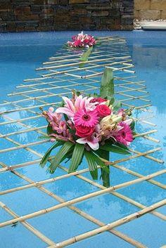 decoração piscinas casamento - Google Search