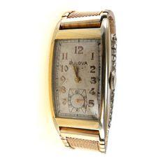 58ed96b13e3 Bulova Mens Watch Curved Case 17 Jewels ca 1939