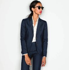 Womens power suit work attire Ideas for 2019 Business Chic, Business Attire, Business Outfits, Business Fashion, Business Suit Women, Business Formal, Business Professional, Professional Women, Style Work