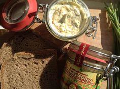 Zdravé maslo s bylinkami a chilli habanero alebo s mandľami a medom | Zlavomat.sk