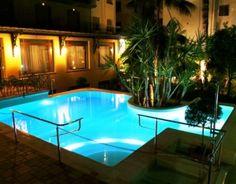 Swimming Pool in the night -  Piscina di notte - Hotel 3 stelle con piscina Sorrento