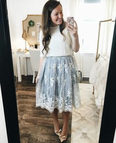 Love this❤ ❤ cute church outfits, summer church outfits, sunday dress Apostolic Fashion, Modest Fashion, Fashion Outfits, Fashion Boots, Meeting Outfit, Mein Style, Modest Dresses, Modest Clothing, Skirt Outfits Modest