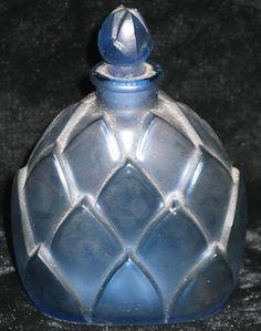 VINTAGE R.LALIQUE FRENCH ART GLASS PERFUME BOTTLE ART DECO BLUE LEAF DESIGN