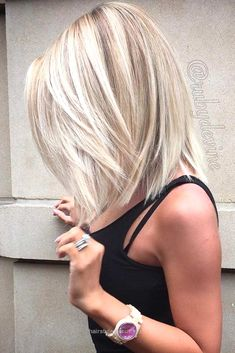 Insane 17 Popular Medium Length Hairstyles for Those With Long, Thick Hair ★ See more: glaminati.com/…  The post  17 Popular Medium Length Hairstyles for Those With Long, Thick Hair ★ See more ..