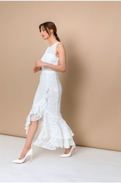 Romantic dress for special moments.Even for the BIG DAY!!!Love it...