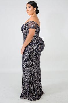 Arab Fashion, Curvy Women Fashion, Plus Size Fashion, Plus Size Maxi Dresses, Girls Dresses, Lace Dresses, Woman Dresses, Modelos Plus Size, Lace Maxi