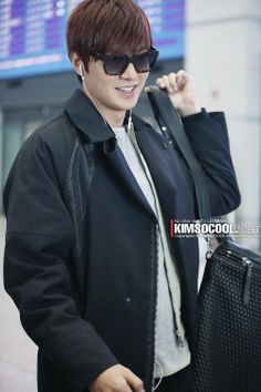 Lee Min Ho ♥ airport fashion