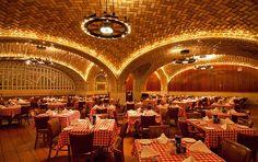 12 Quintessential New York City Restaurants
