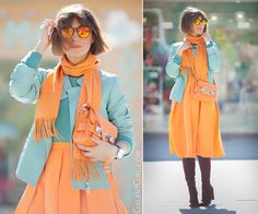 Find inspiration for using orange in your everyday outfits! Curvy Women Fashion, Womens Fashion, Casual Chic Style, Fashion Colours, Fashion Over 40, Slimming World, Women's Fashion Dresses, Color Combinations, Skinny