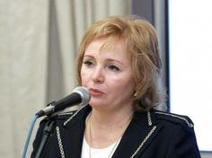 smit - Людмила Путина: «Моего мужа давно нет в живых»
