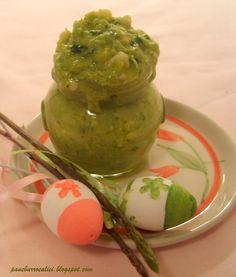 Pesto di asparagi con mandorle e limone