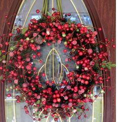 beautiful!.....berry wreath from forevermore1