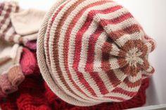 christmas knitting (by weekendknitter)