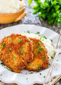 This is the best recipe for Pork Schnitzel! Made with pork cutlets and a handful of ingredients, you'll be set with a super easy and delicious dinner. Schnitzel Recipes, Pork Schnitzel, Pork Cutlets, Pork Chops, Pork Rinds, Best Pork Recipe, Pork Recipes, Cooking Recipes, Pork Cutlet Recipes