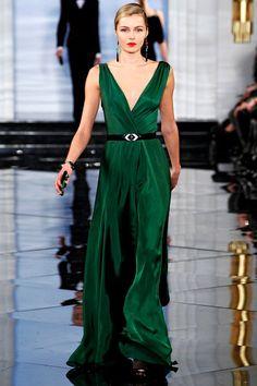 Viva a China – Ralph Lauren – Fall 2011 – New York Fashion Week 40s Fashion, New York Fashion, Look Fashion, High Fashion, Fashion Show, Fall Fashion Trends, Runway Fashion, Ralph Lauren Style, Ralph Lauren Collection