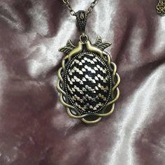 Bargello, Pocket Watch, Pendant Necklace, Accessories, Jewelry, Jewlery, Jewerly, Schmuck, Jewels