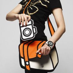 Cartoon bag... Ugh I want one! :D