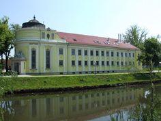 BÉKÉSCSABA - Árpád fürdő Hungary, Mansions, House Styles, Home Decor, Mansion Houses, Room Decor, Villas, Luxury Houses, Home Interior Design