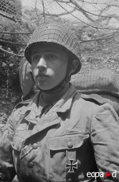 Fallschirmjäger Iron Cross First and Second Class, Italy may 1944. Destroyed of 20 allied armors between 21 and 24 may, pin by Paolo Marzioli