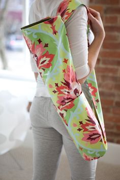 Amy Butler's Love Fabrics with the yoga bag - free pattern