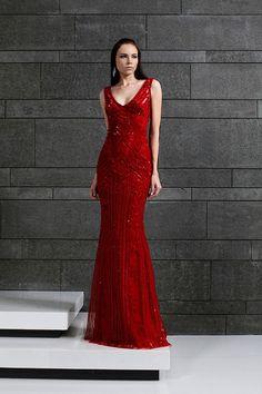 Tony Ward RTW Fall Winter 2014/15 #fashion I love this stunning rd hot gown..K♥
